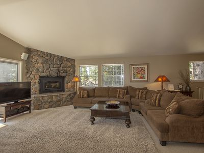 Photo for Garret's Place: 4 BR / 4 BA house/cabin in Tahoe City, Sleeps 8