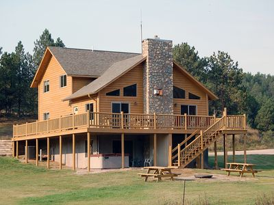 Photo for ** NEW LISTING ** McCaskell Cabin ~ Vaulted Ceilings, Wood Floors, Gas Fireplace