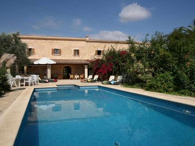 Photo for Spacious rustic country house with pool for 14+2 people