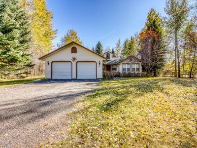 Photo for Family-friendly home w/gas grill & patio-close to Ketchum & Sun Valley!