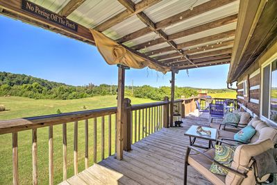 Fun and adventure await at this Rogersville vacation rental apartment!