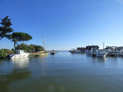 Photo for Bassin d'Arcachon, relaxation villa and souvenirs, beach and port of Cassy 1 km ..