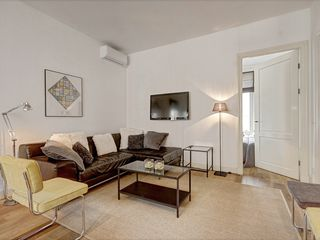 Gallery 2 Apartment -