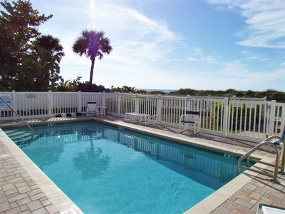 Photo for Large 4 Bedroom Condo - Steps to beach - April Specials