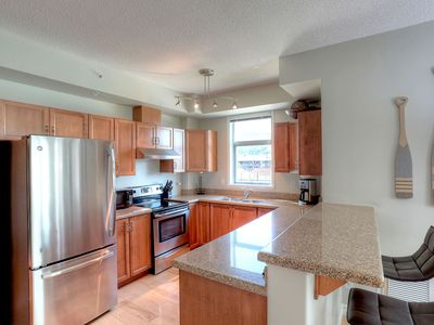 Photo for Cozy-Chic Condo in the heart of Downtown - Just Steps to the beach