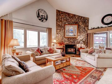 Upscale (Prices Reduced 25% thru 4/22/18 )Great location Ski in/Walk to lift