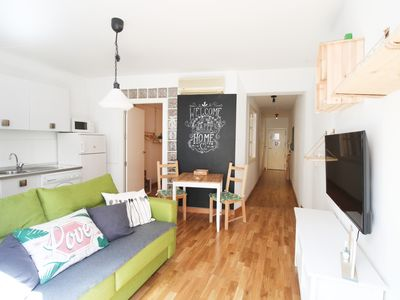 Photo for HISTORICAL CENTER: Modern Apartment with A / C and Free Wifi!