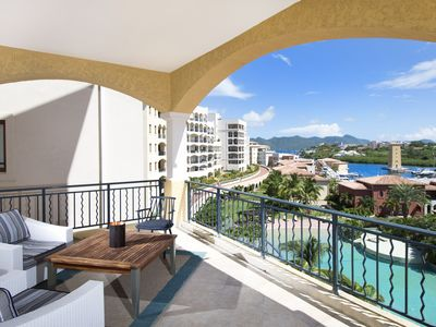 Agua Azul Luxurious 1 bed condo Porto Cupecoy - By island Properties Online