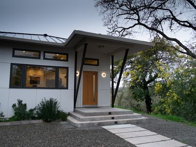 Photo for New Contemporary Home in the Heart of Sonoma Wine Country.