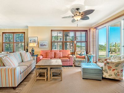 Photo for 101W ~ Spacious 3BR/3BA corner condo with Gulf views