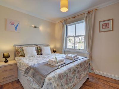 Photo for Nice apartment for 4 people with WIFI, TV, pets allowed and parking