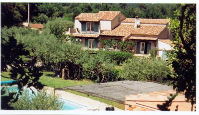 Photo for Provencal farmhouse, quiet, swimming pool, 5 chbs each with shower and toilet in Puget-Ville