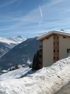 Photo for Thyon Les Collons 4 Valleys - 3 Bed Luxury Ski Apt + Jacuzzi + WIFI 50m to lift