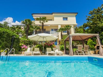 Photo for Holiday apartment with shared pool and near the sea
