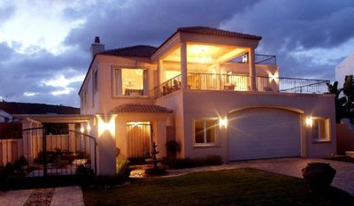 Photo for Spacious Luxury  Holiday Villa, waterfront with stunning views - Plettenberg Bay