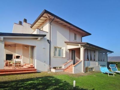 Photo for holiday home Fragola, Capezzano Pianore  in Versilia - 9 persons, 5 bedrooms