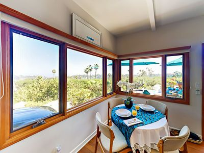 Dining Area - The 4-person dining table comes with a panoramic vista of Santa Barbara and the ocean.