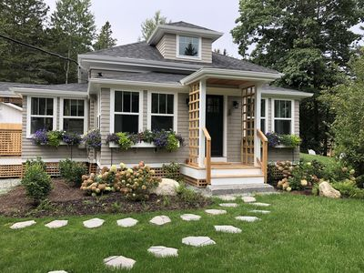 """""""Brookshire Cottage""""  A Cozy Newley Renovated Home"""