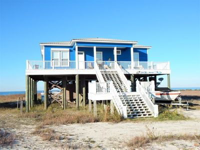 Pet-friendly Mississippi Sound Front home, with private pool