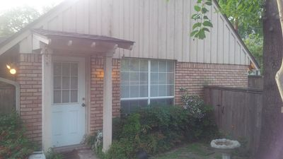 Photo for Guest home in Houston's beautiful Memorial area!!