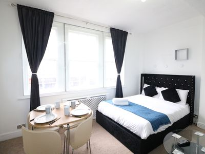 Photo for Stylish and Central Located Studio Hyde Park