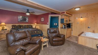 """Photo for Upper Canyon Inn & Cabins - """"Lodge 2"""" - Romantic Whirlpool Suite with Fireplace"""