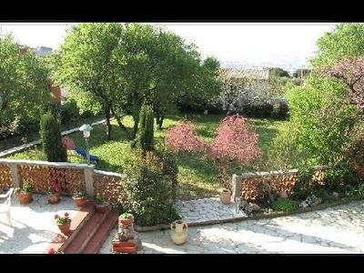 Photo for Ground floor villa 77m2 residential area on the heights of Marseille