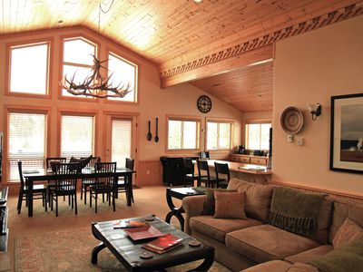 Beautiful Home With Great Mountain Views Vrbo