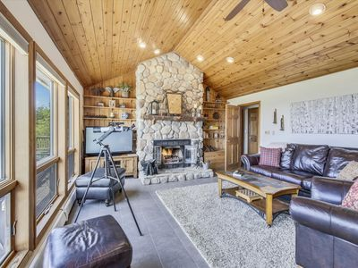 Photo for Skibo offers luxury in the mountains with amazing views!