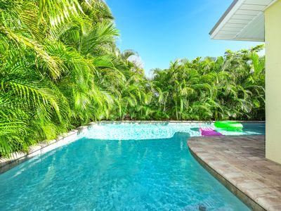 Photo for Great Cottage with private pool, so close to beach!