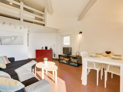 Photo for Ocean view for this beautiful renovated apartment