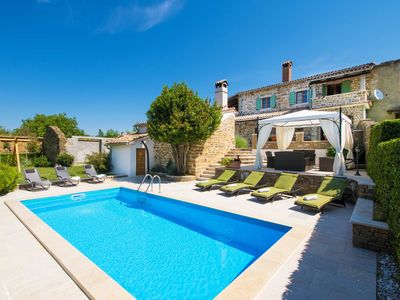 Photo for Beautiful pool Villa in the heart of Istria