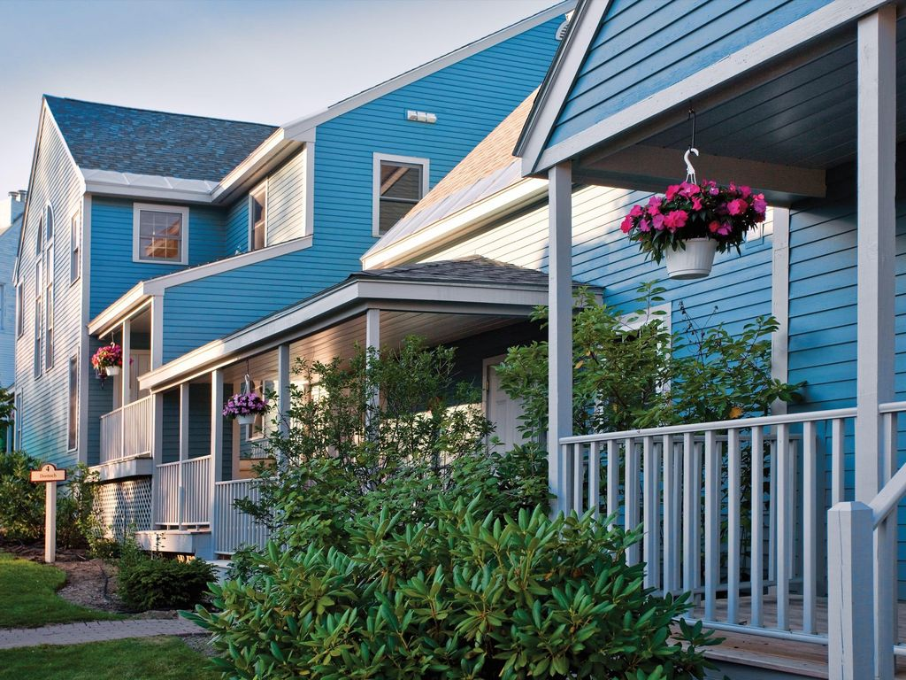 Stunning and Scenic 1BR w/ Resort Pool and Close to Ski Area, New ...
