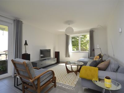 Photo for Huge 4 bed apartment with balcony