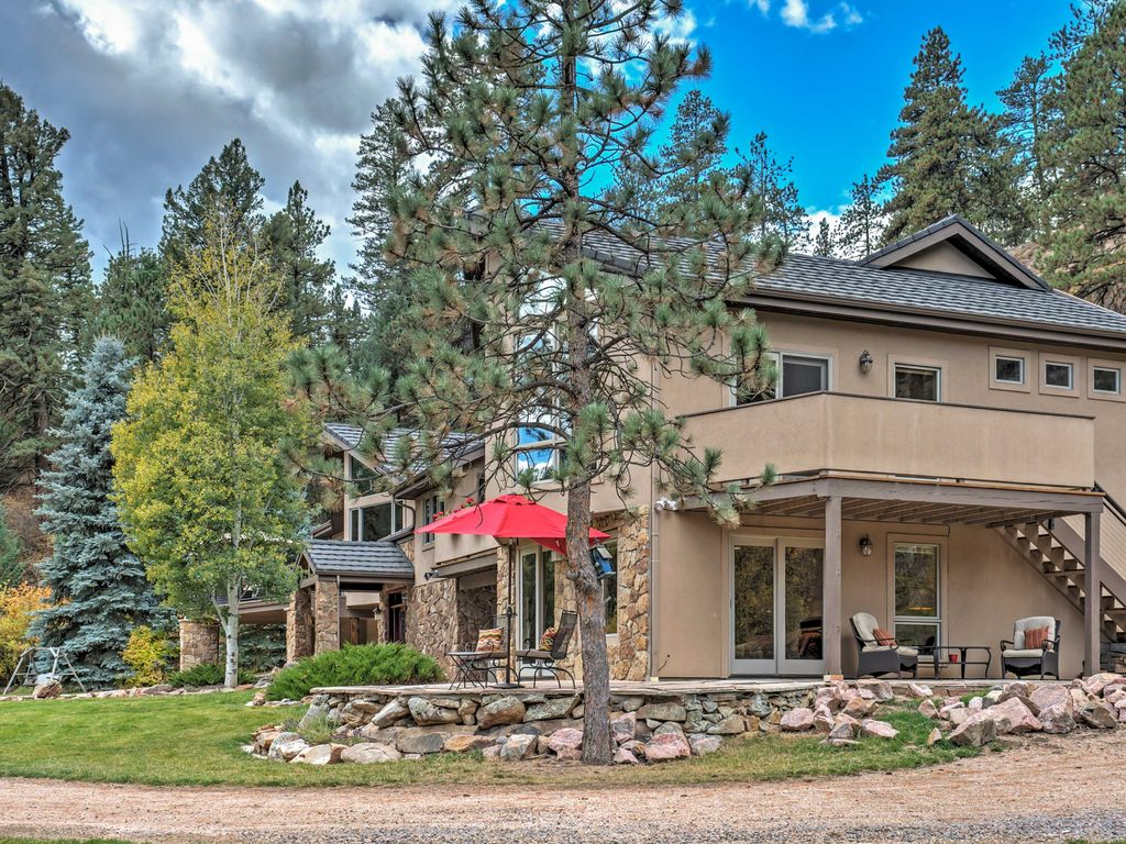 Secluded 4br Evergreen Home On Upper Bear Creek