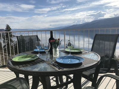 Enjoy dinner and the fabulous lakeview from your deck!