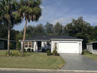Photo for Comfortably Decorated 3/2 Home with Free WiFi, Privacy, & 2 Golf Carts!