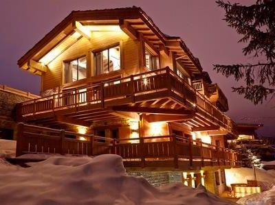Photo for Chalet Perce Neige: Ultimate luxury with a visible cellar in the living room