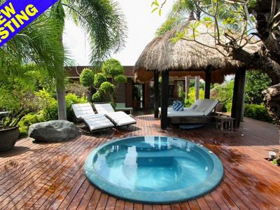 Photo for Luxury rooftop 2 Bedroom villa with whirlpool in centre of Seminyak'