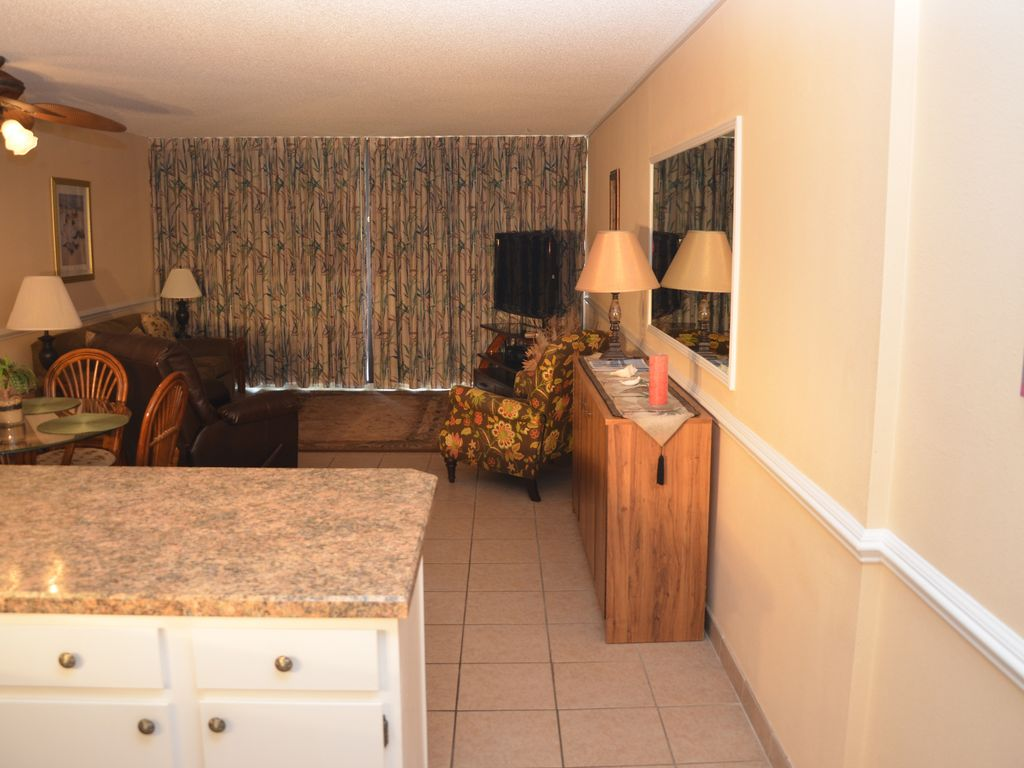 Get Some Extra Room With Our 2 Bedroom Suite Royal Garden 115 Garden City Beach Myrtle Beach