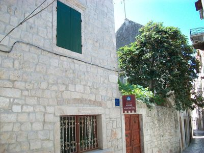 Photo for Studio flat with balcony Trogir (AS-16844-a)