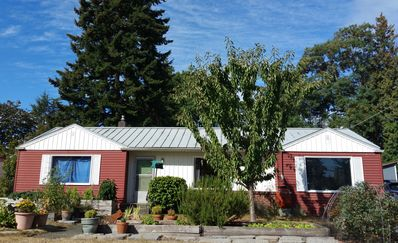 Photo for Comfy 2BR Home with huge yard, close to Ballard, Greenwood, Beaches
