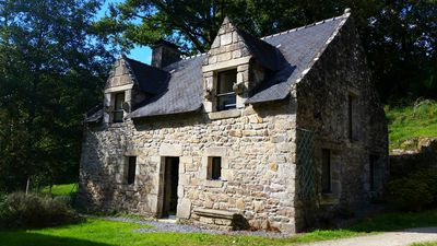 Photo for 2BR Cottage Vacation Rental in Noyal-Muzillac, Bretagne