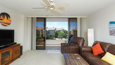 Photo for Anchorage Resort 3rd floor condo in Siesta Key with private beach access, pool, boat dock!