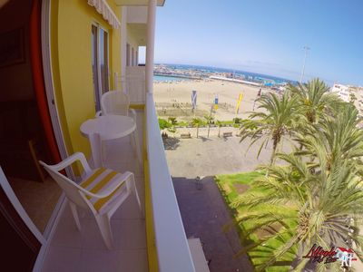 Photo for Lovely 2 bedroom apartment with WIFI and view to the sea