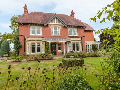 Photo for Orchard House, CREDENHILL