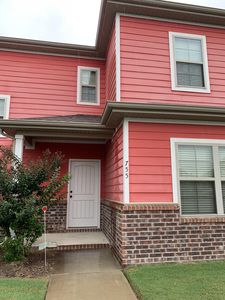 Photo for Close to campus and Razorback stadium. 4 bedroom with 3 full baths