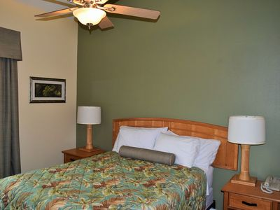 One Bedroom, one bath condo with all the comforts of home,  1 block from beach!