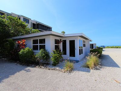 Photo for Charming, Remodeled, Sanibel Gulf Front Cottage - White Caps Cottage 5