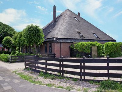 Photo for Well-maintained holiday home in an old Dutch haubarg farmhouse near Egmond aan Zee.